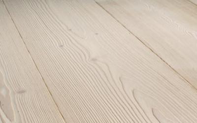 Esempio di legno spazzolato e oliato